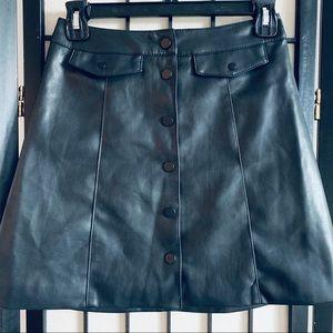 H&M Black faux leather mini skirt button up sz 2